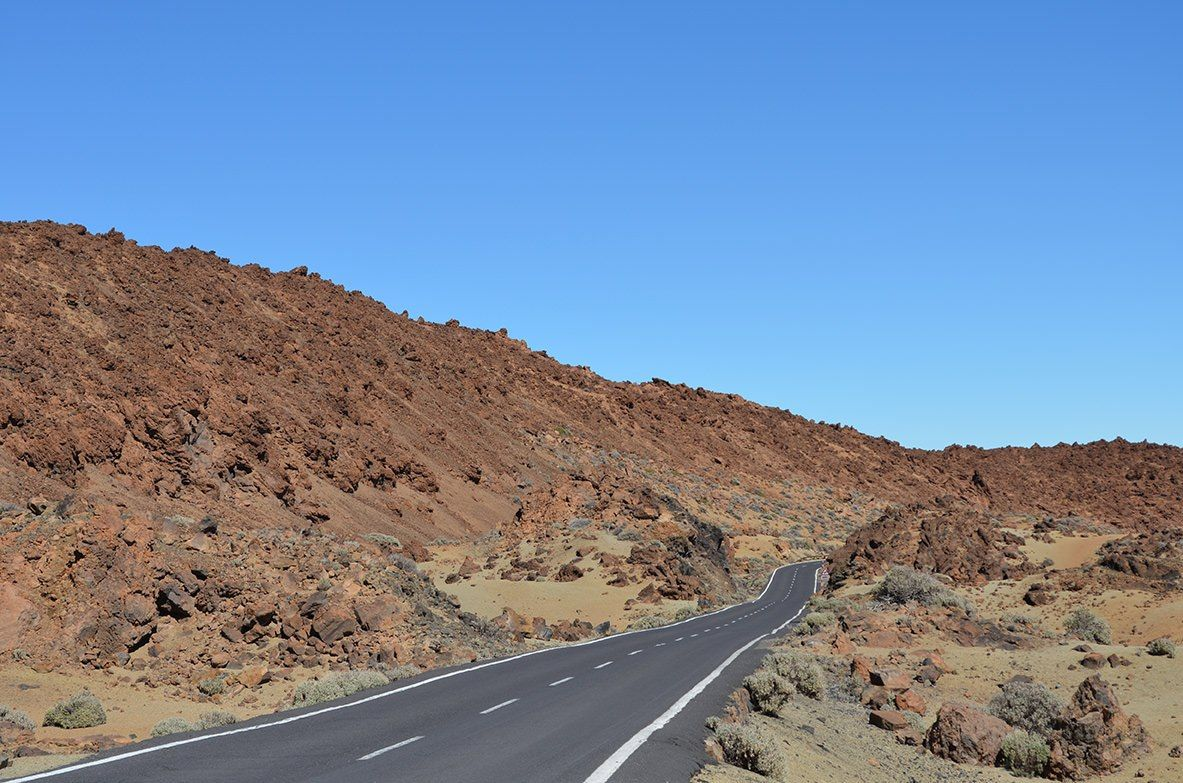 Piedras volcánicas de camino al Teide