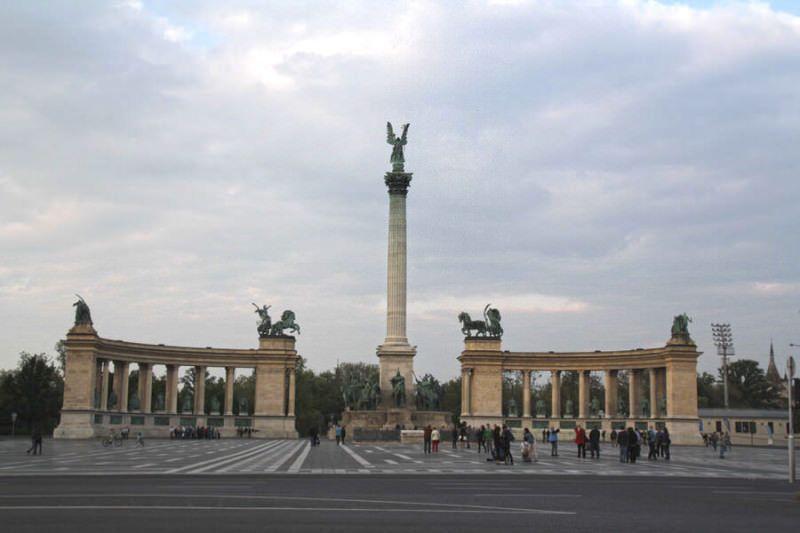 Plaza de los Héroes. Budapest Hungría
