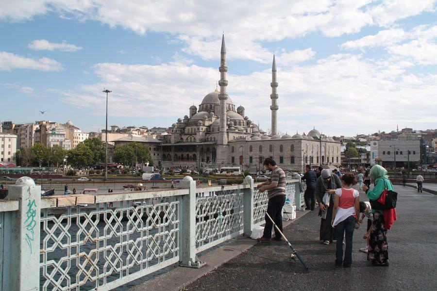 Mezquita desde el Puente Galata