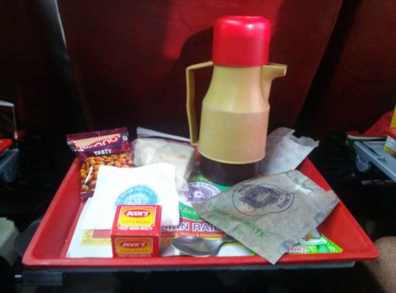 Aperitivo y bebida tren de India