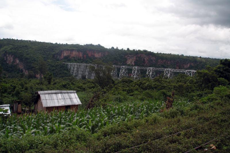 Viaducto de Goteik