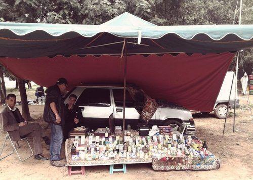 Tienda cosméticos mercado Asilah. El viaje me hizo a mi. Blog de viajes