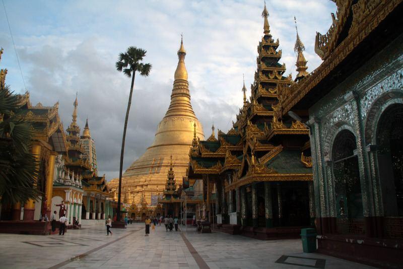 Vista de la Pagoda de Yangón