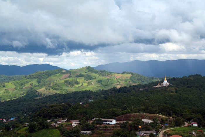 Panorámica entre Mae Salong y Chiang Rai. El viaje me hizo a mi. Blog de viajes