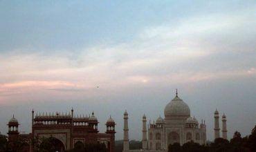 Vista del Taj Mahal desde la azotea de un hotel. El viaje me hizo a mí. Blog de viajes