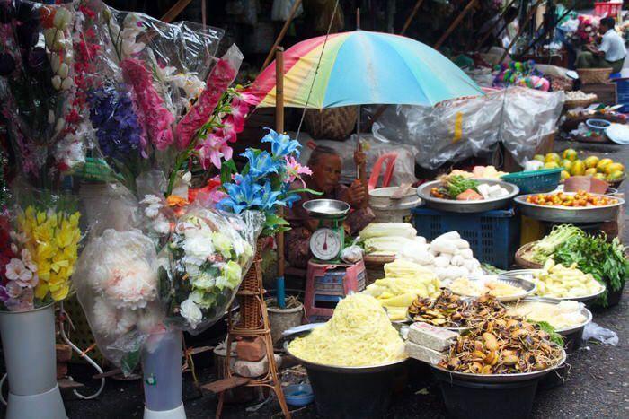 Puestos de comida en la calle. Consejos de salud básicos. El viaje me hizo a mí. Blog de viajes