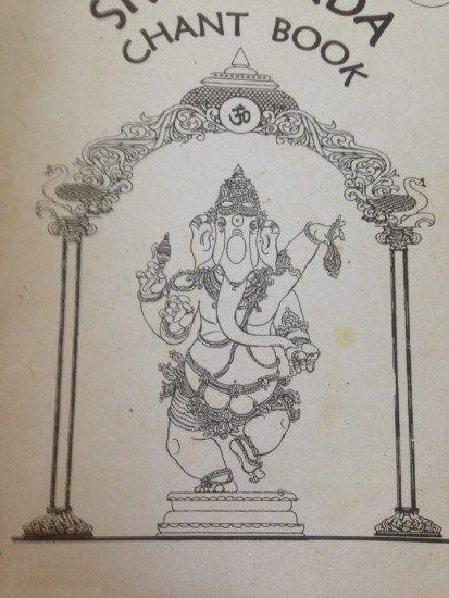 folleto de el ashram