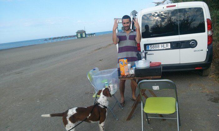 Levantándonos en la playa