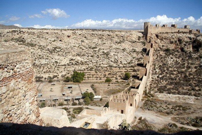Cerro de San Cristóbal desde la Alcazaba