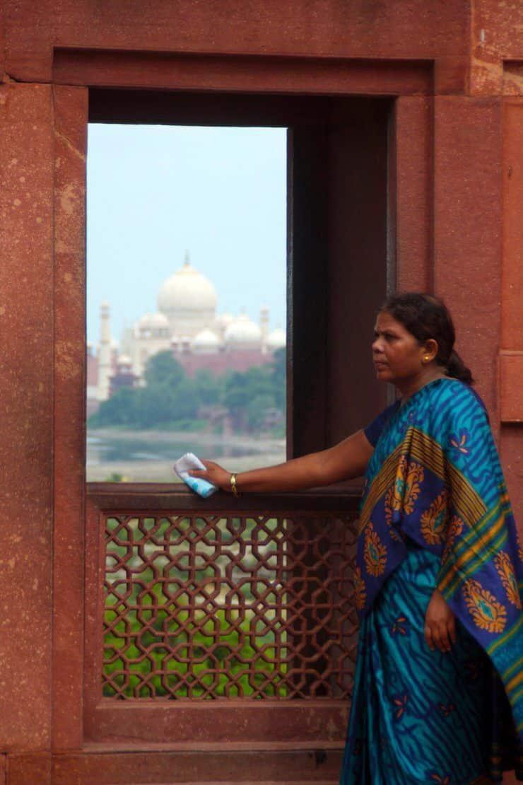 Al fondo el Taj Mahal