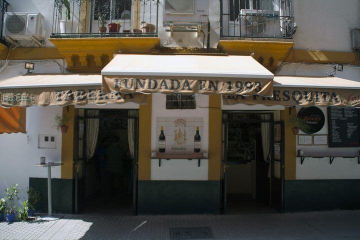 Taberna en Sevilla. El viaje me hizo a mi. Blog de viajes