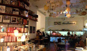 Cafetería-Restaurante en Viena. Austria. El viaje me hizo a mi. Blog de viajes