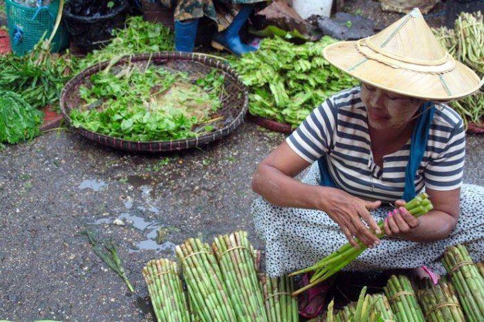 Mujeres de Myanmar. El viaje me hizo a mi. Imagenes. Blog de viajes. En pareja
