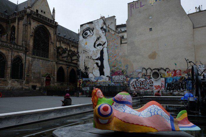 Grafities cerca de Museo Pompidou