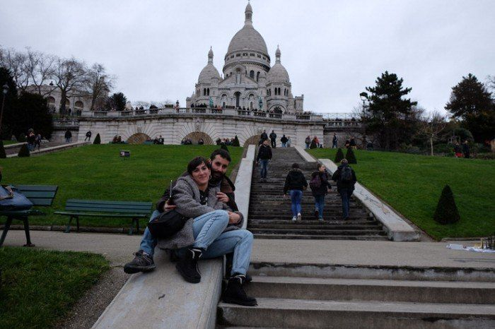 Subida a Sacre Coeur. El viaje me hizo a mi. Blog de viajes. Viajar en pareja