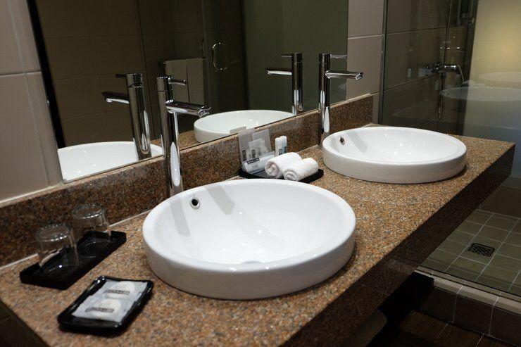 baño de un hotel