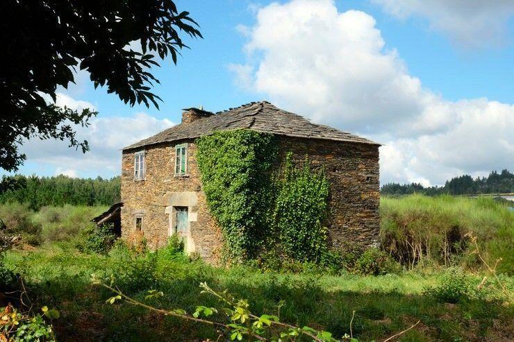 casa-de-piedra-parte-gallega-camino-norte-de-santiago-el-viaje-me-hizo-a-mi