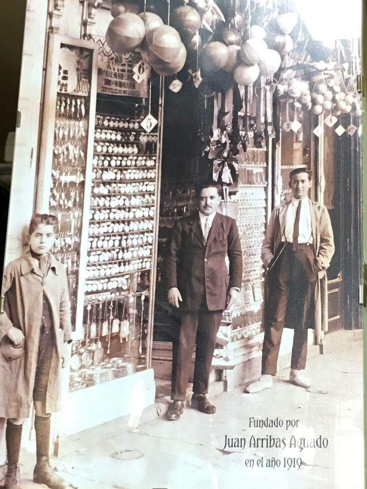 Bazar Arribas en 1919