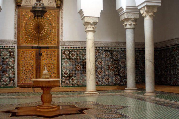 Interior de la mezquita de Mequinez. Road trip por Marruecos central en una semana