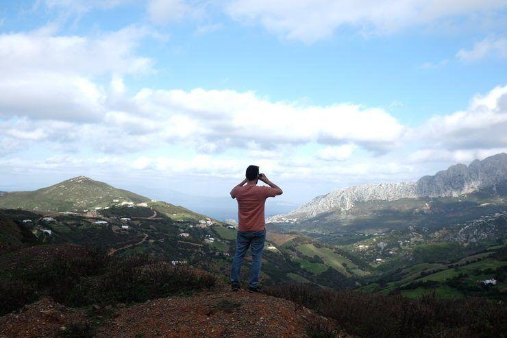 Mirando Ceuta cerca de Tanger Med