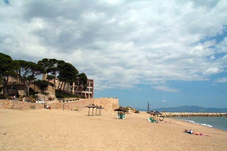 Playa de L'Escala en la Costa Brava