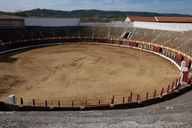 Plaza de toros de Piedrabuena