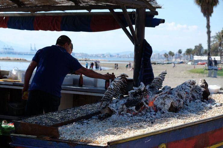 comer espetos de sardinas