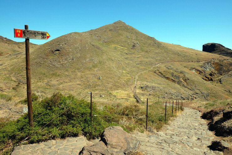 sendero por la zona mas volcanica de Madeira