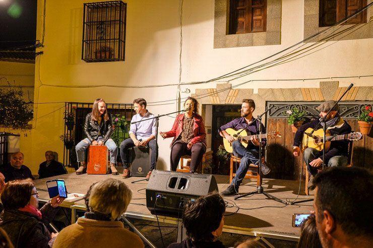 Actuación de flamenco en frailes