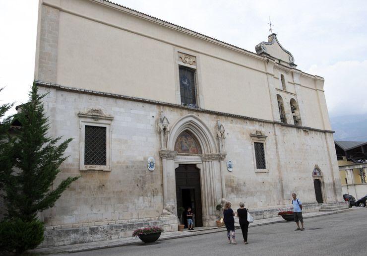 Visitar la Catedral de Sulmona