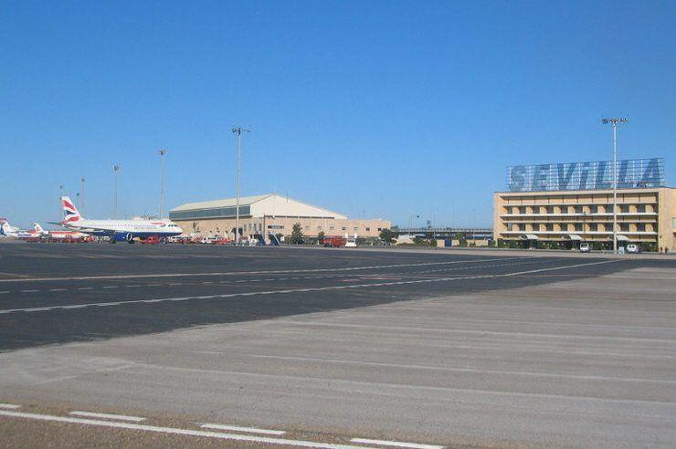 Cómo ir de Sevilla al aeropuerto