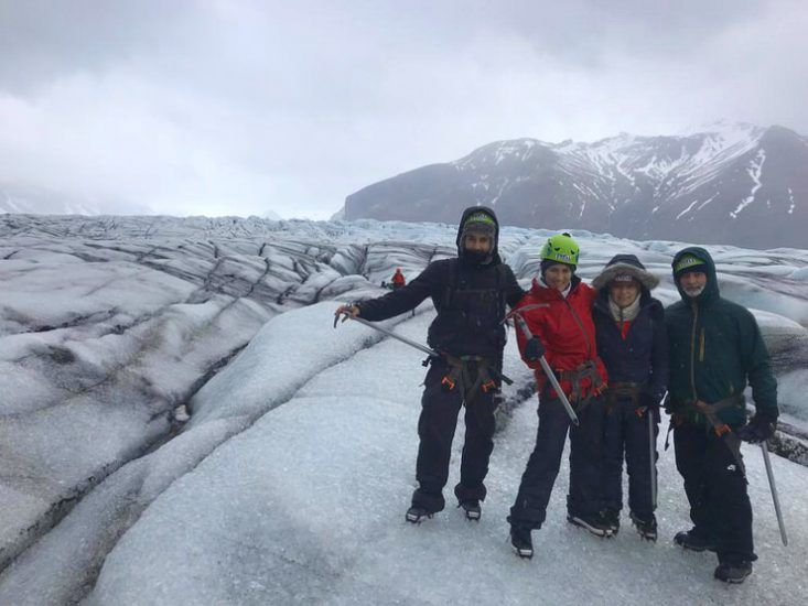 Visitar un glaciar en Islandia