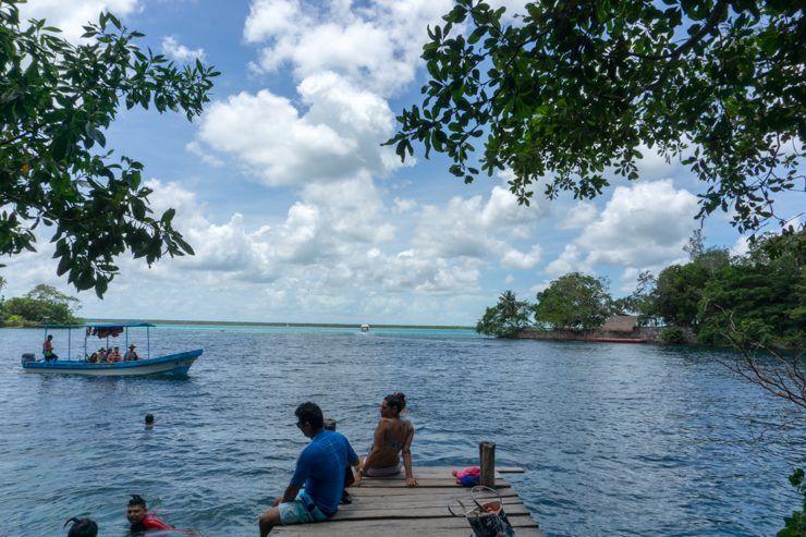 Tour en barco por Bacalar