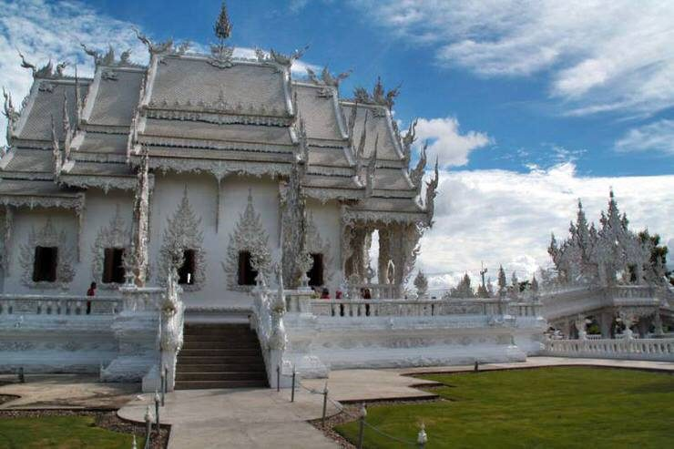 visitar el Wat Rong Khun