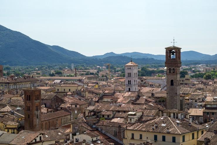 visitar Lucca y Pisa en un día