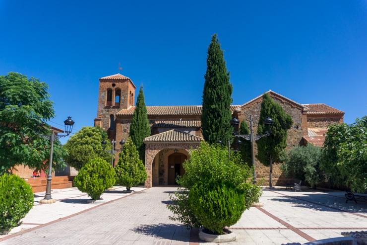 Iglesia de Los Cortijos de Abajo