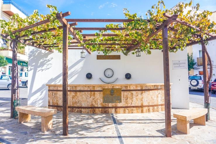 Fuente del vino de Cadiar