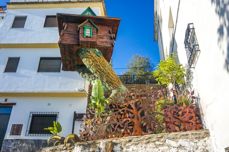 Casa de Baba Yaga en Soportújar