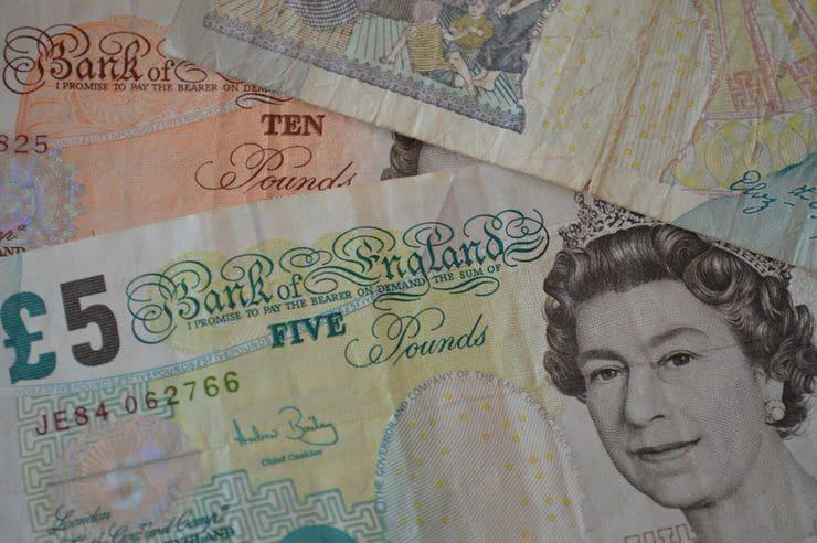 cambiar dinero en Londres
