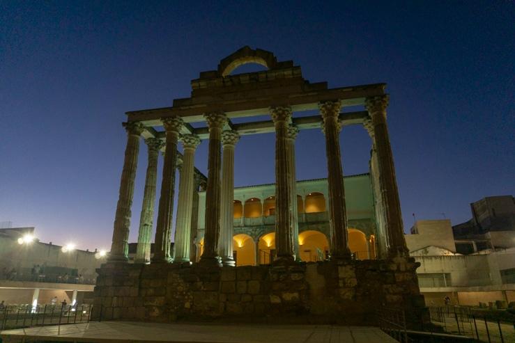 Apartamentos Templo de Diana